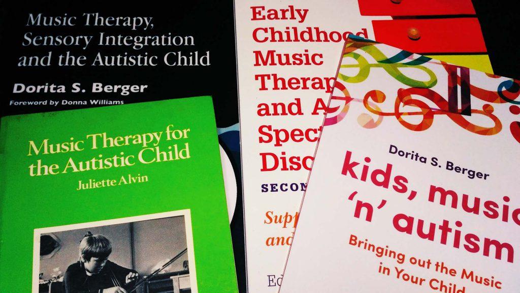 Bibliografía recomendada sobre musicoterapia y autismo